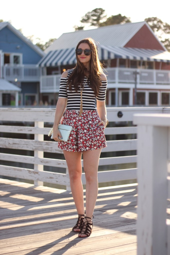 Striped Cold SHoulder Tee with Red Floral Shorts and Strappy Sam Edelman Sandals