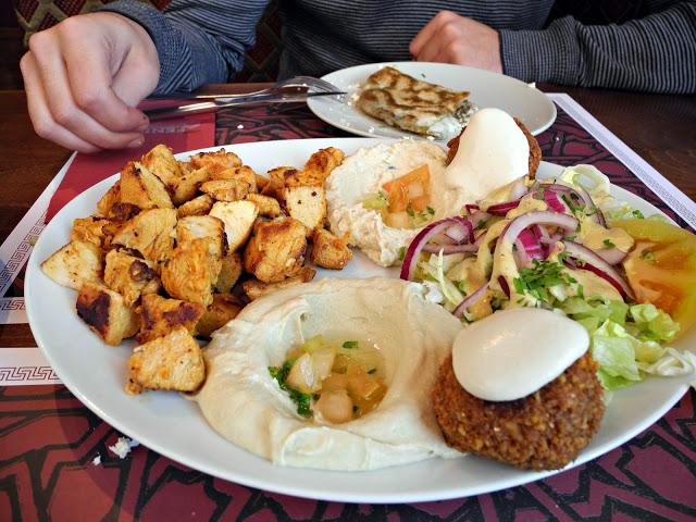 Restaurant libanès Fenicia.