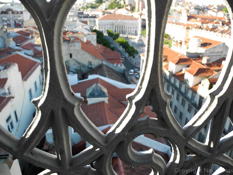 Vista del barrio de la Baixa desde el elevador de Santa Justa.