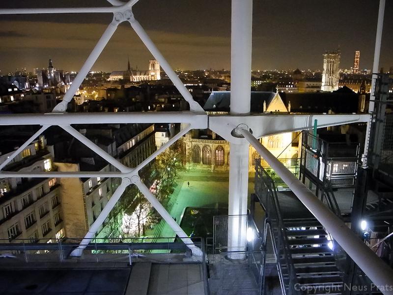 Vista de la Place Igor Stravinsky desde el mirador.