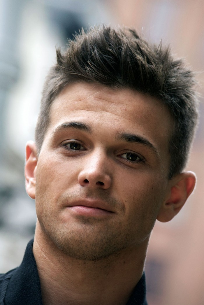 mens short hairstyle