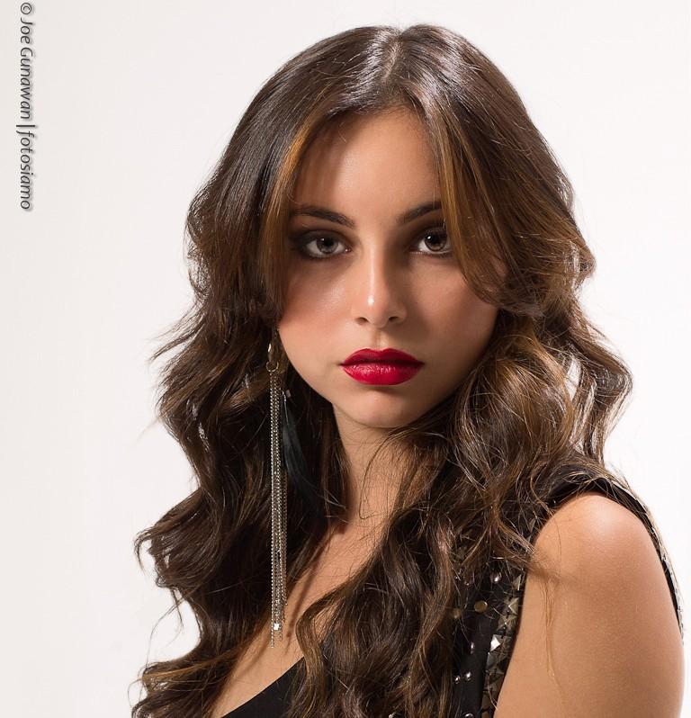 The stunning Caroline