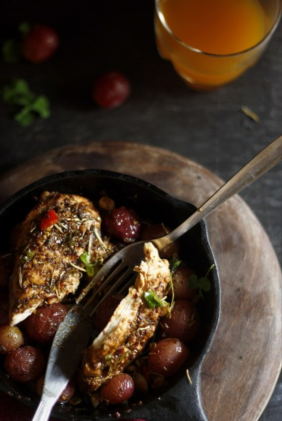 grilled chicken with red grapes 4