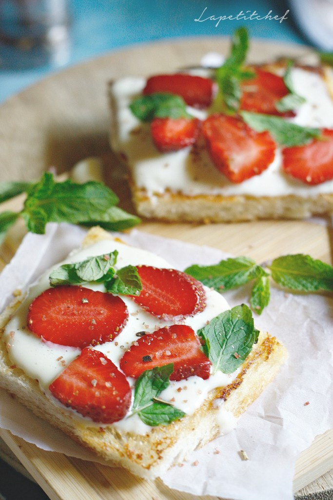 strawberry cream cheese toast11