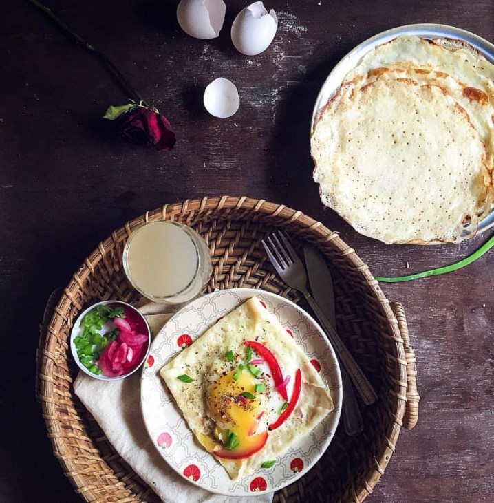 crepes with eggs