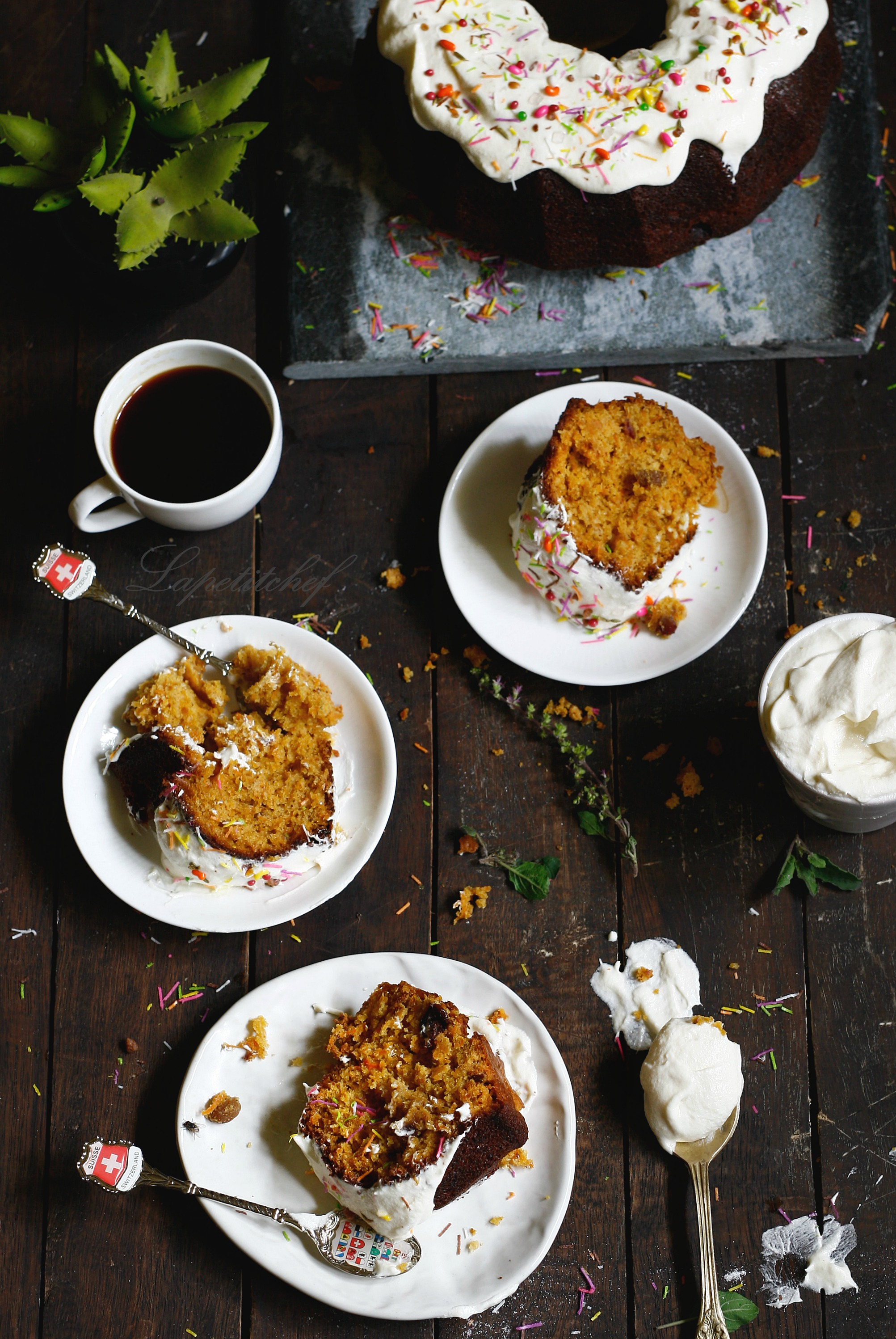 carrot and banana cake with dates and raisins