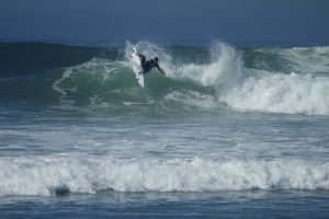 Miguel Pupo air reversing in his fourth round loss to local Tanner Gadauskas.(Photo by Niko LaBarbera)