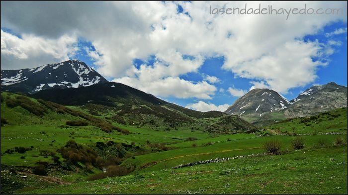 Valle Valverde, con el Morronegro a la izquierda