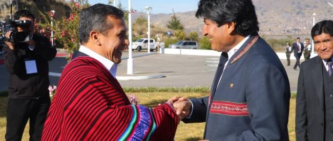 Ollanta Humala y Evo Morales en Puno. Foto: pachamamaradio.org