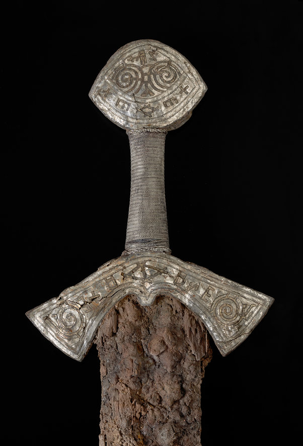 Impugnatura della spada (Foto: Ellen C. Holthe, Museo di Storia Culturale, Università di Oslo)