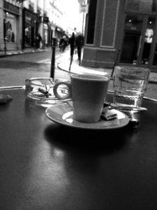 photo-ville-cafe-photographe-angel-toulon-exposition