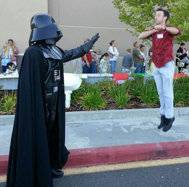 Vadering, A New Photo Meme Featuring Darth Vader's Force Choke Vadering