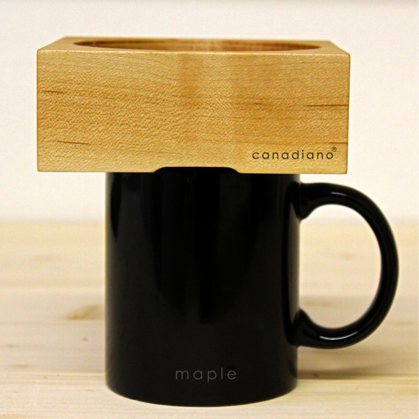 Canadiano wooden coffee brewer