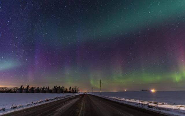 Aurora Borealis - Alberta Canada.jpg Photo By: Aaron Sarauer