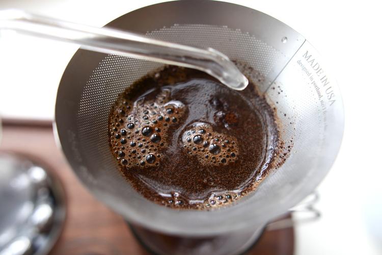 The Barisieur Alarm Clock Coffee Brewer by Josh Renouf