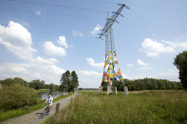 Leuchtturm Stained Glass Transmission Tower