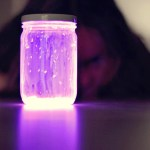 How to Make Creepy Glowing Jars Out of Household Items to Decorate for Halloween