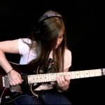 15-Year-Old Guitarist Effortlessly Plays a Complicated Solo Cover of 'Comfortably Numb' by Pink Floyd