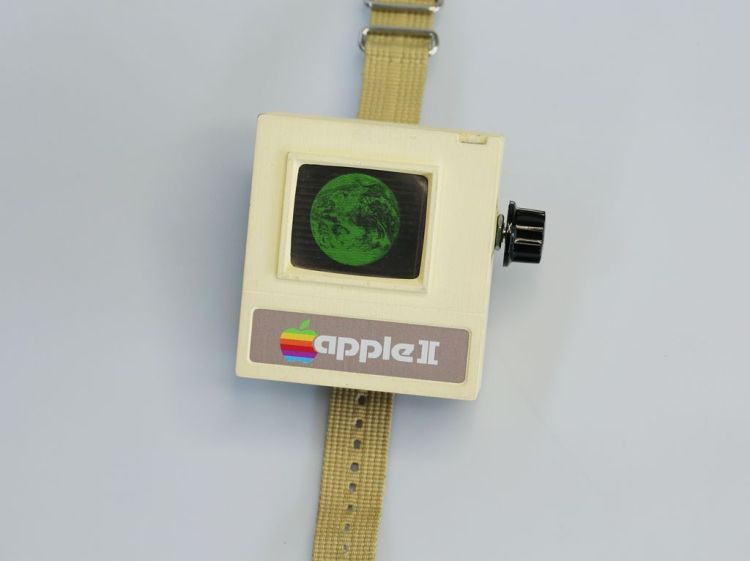 Apple II Watch by Aleator777