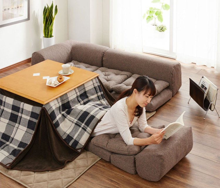 Kotatsu a traditional japanese floor sofa made modern for Sofa bed japan