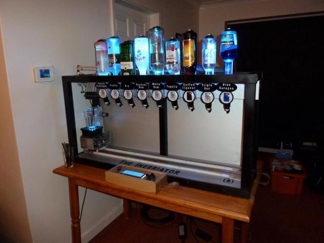 Inebriator cocktail robot