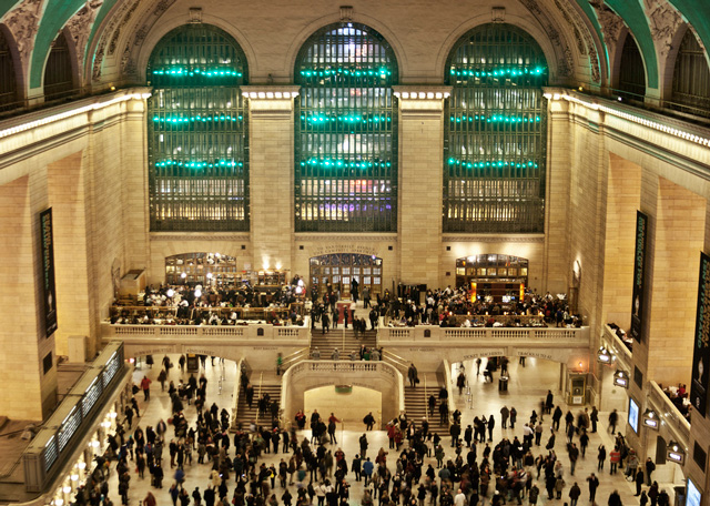 Grand Central Terminal Light Show by Improv Everywhere