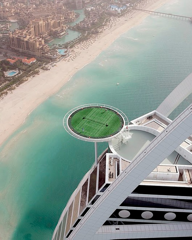 Tennis for World biggest hotel in dubai