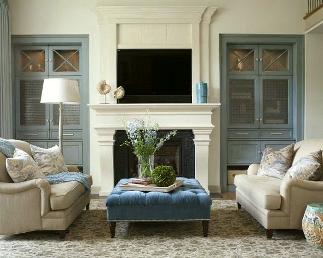20 Great Fireplace Mantel Decorating Ideas   laurel home blog 20 Great Fireplace Mantel Decorating Ideas