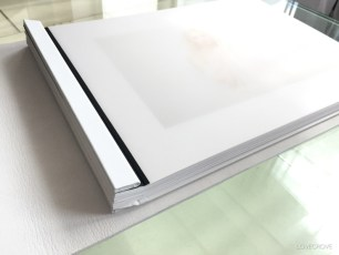 Frosted inner covers and white binding (normally black - available on white folios only)