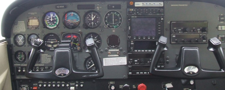 Cessna 21693 cockpit