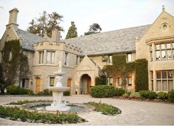 Playboy Mansion a vendre Hugh Hefner