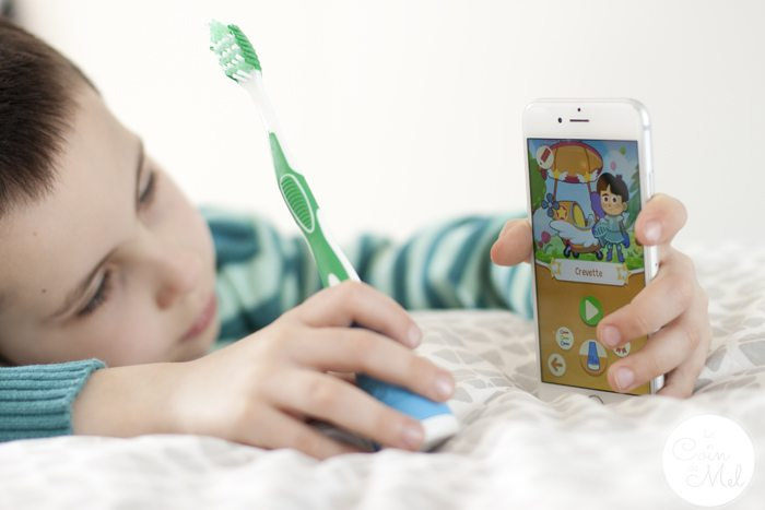 Playbrush Review, Cleaner Teeth & a Giveaway