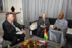 L'ambassadeur d'Algérie en Guinée et le Président Alpha Condé