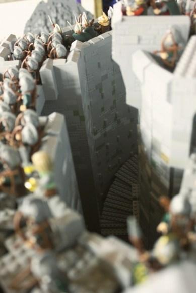La battaglia del Fosso di Helm ricreata con 150.000 mattoncini e 1700 minifigure