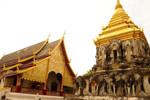 Wat Chiang Man - meeting location of food tour