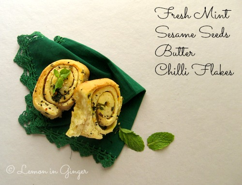 Eggless Herb Pull-Apart Rolls
