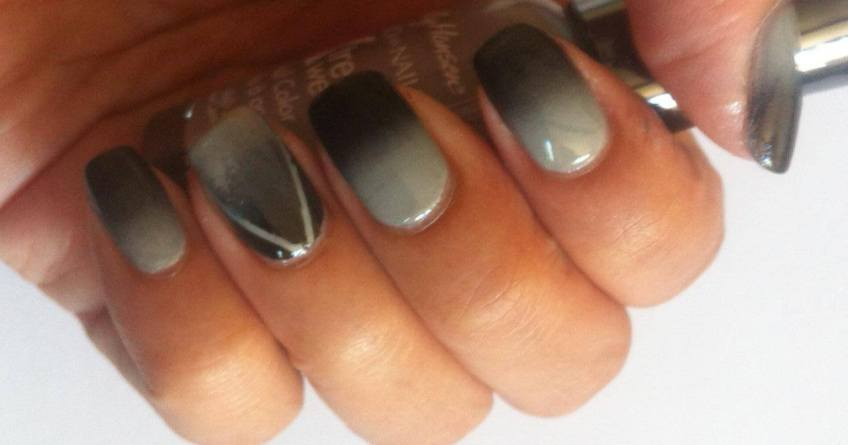 ombre with striping nail art the beauty context - lena talks beauty