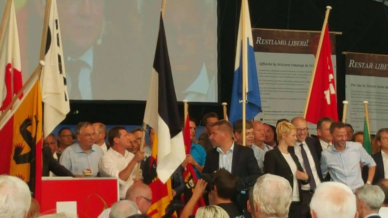 Swiss People's Party (UDC) leaders quit one after the other