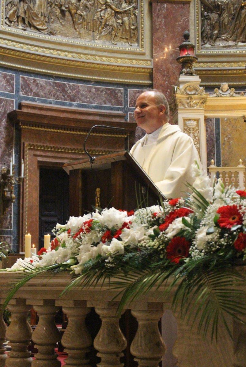 Proboszcz polskiej parafii: ks. Krzysztof Grzelak SChr