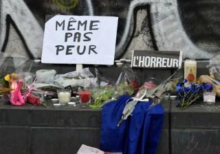 attentats-a-paris-les-images-fortes-du-recueillement