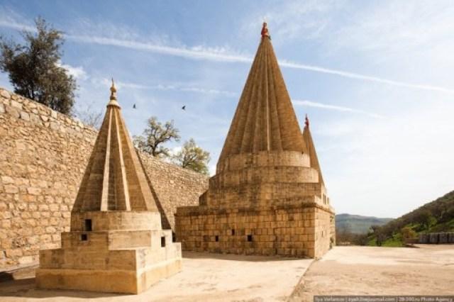 yezidis_temple_de_Lalesh