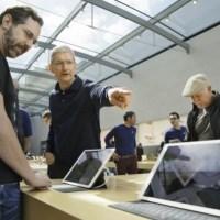 Відмовивши відкрити дані з iPhone терориста, Apple у відповідь отримала зламаний хакерами захист