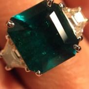 Bague émeraude et diamants