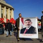 Hasard du calendrier , l'esplanade du trocadero était partagée avec les partisans du président morsi