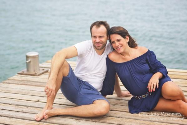 Seance grossesse en famille a la plage Martinique 13