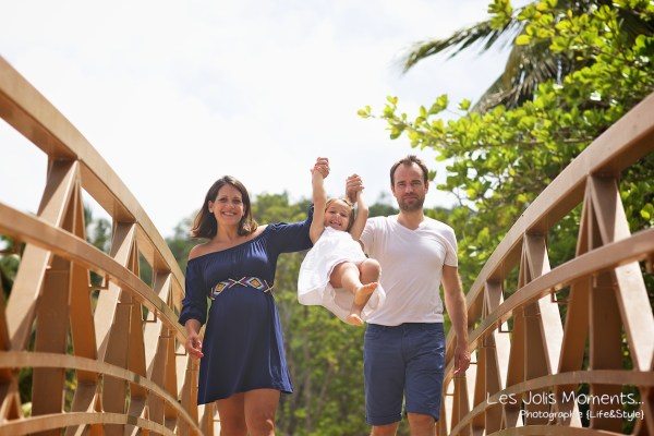 Seance grossesse en famille a la plage Martinique 28