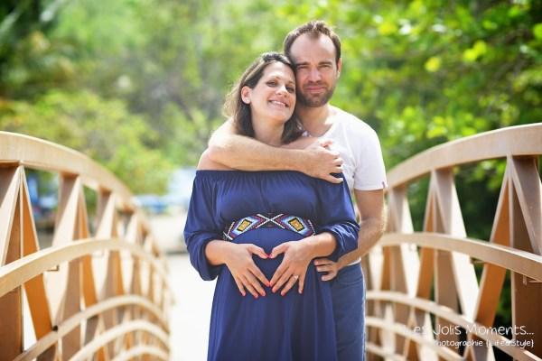 Seance grossesse en famille a la plage Martinique 34