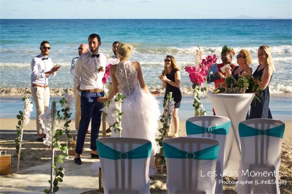 Ceremonie de mariage sur une plage de Martinique
