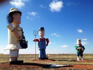Enchanted Highway Stop #7 -  Tin Family
