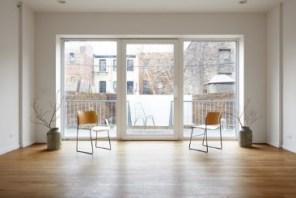 Triple cristal en las ventanas y puertas ofrecen una gran ventilación natural, luz y vistas.